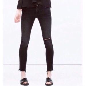 Zara Distressed Black Skinny Ankle Jeans Size 4